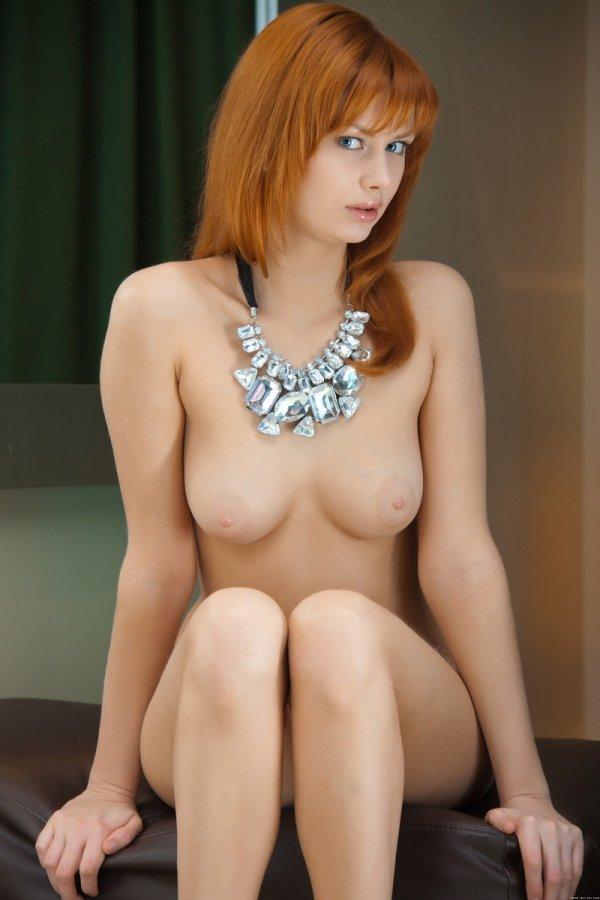фото голые рыжие актрисы