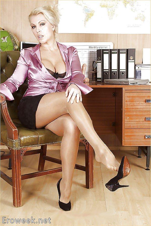 фото сексуальных секретарш