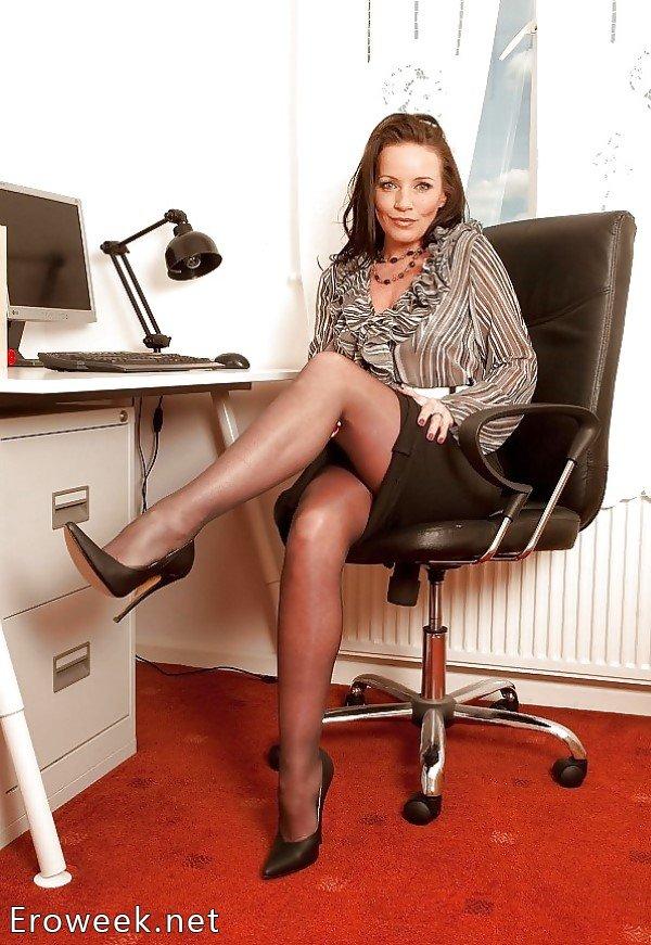 секретарша в юбках порно картинки