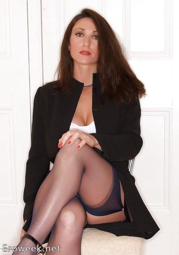 Красивые голые секретарш 28 фотография