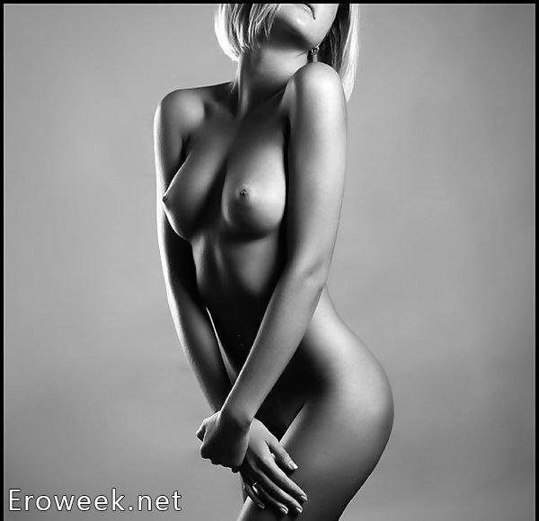 Черно белые эротические фото ню 19 фотография