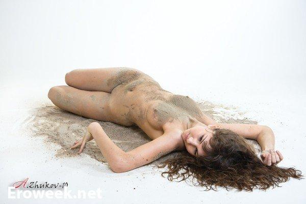 Презентация эротики фотографа Андрея Жукова (30 фото)