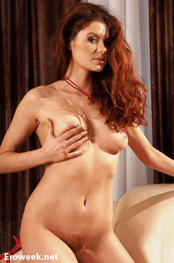 Эротический соблазн рыжей Tanya I (15 фото)