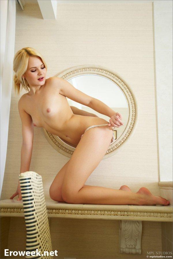 Откровения Talia в ванной комнате (22 фото)