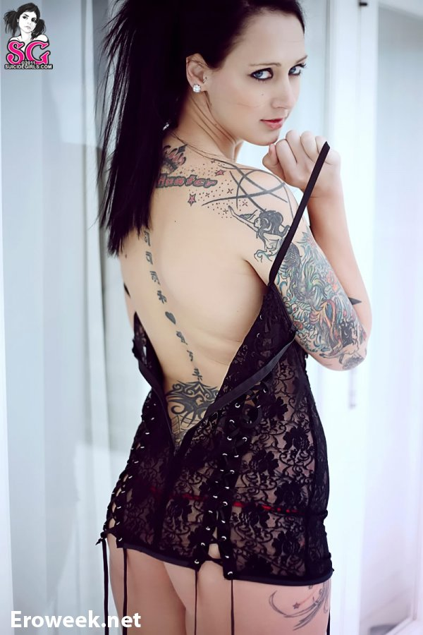 Татуировки на эротичном теле Hayle (30 фото)