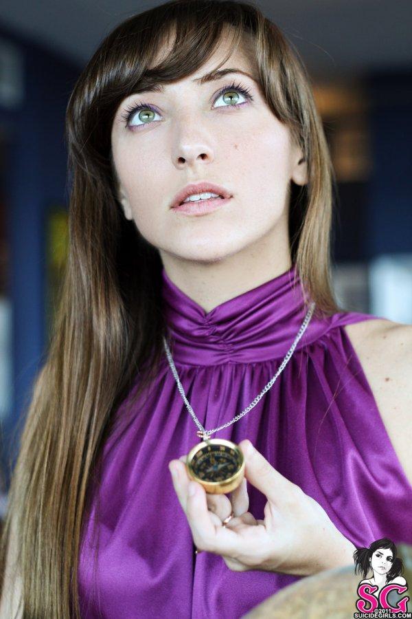 Нестандартная внешность девушки Yesenia (30 фото)