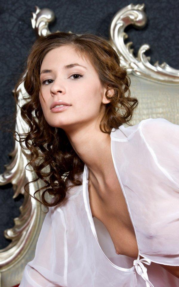 Постельные страсти на фотографиях Irina (16 фото)