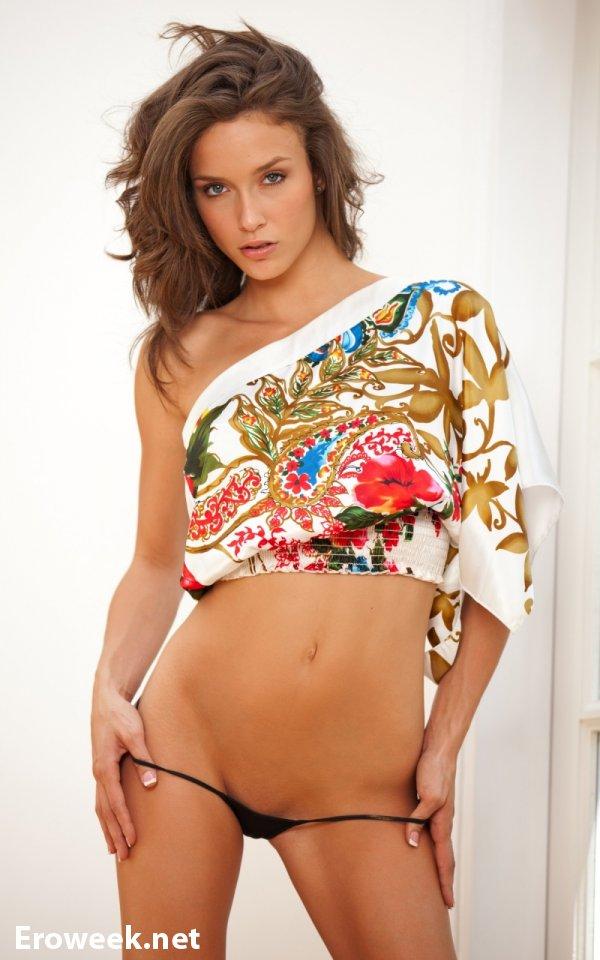 Идеальная со всех сторон Malena Morgan (20 фото)