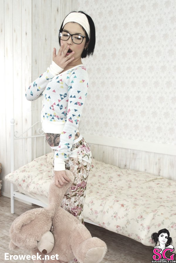 Татуированная азиатка Chie (22 фото)