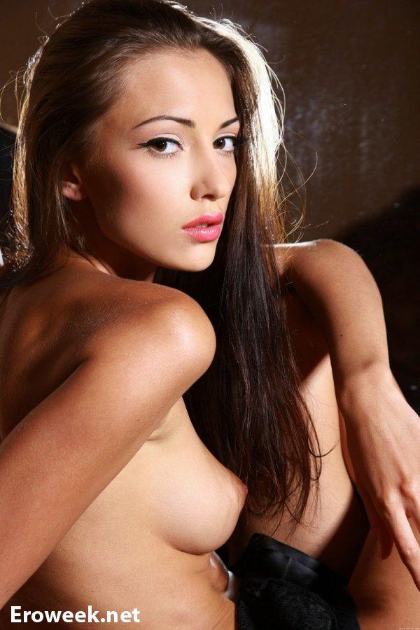 Ночная эротика красотки Anna (14 фото)
