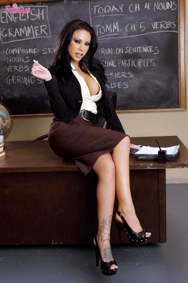 Вульгарная учительница Mason Moore (12 фото)