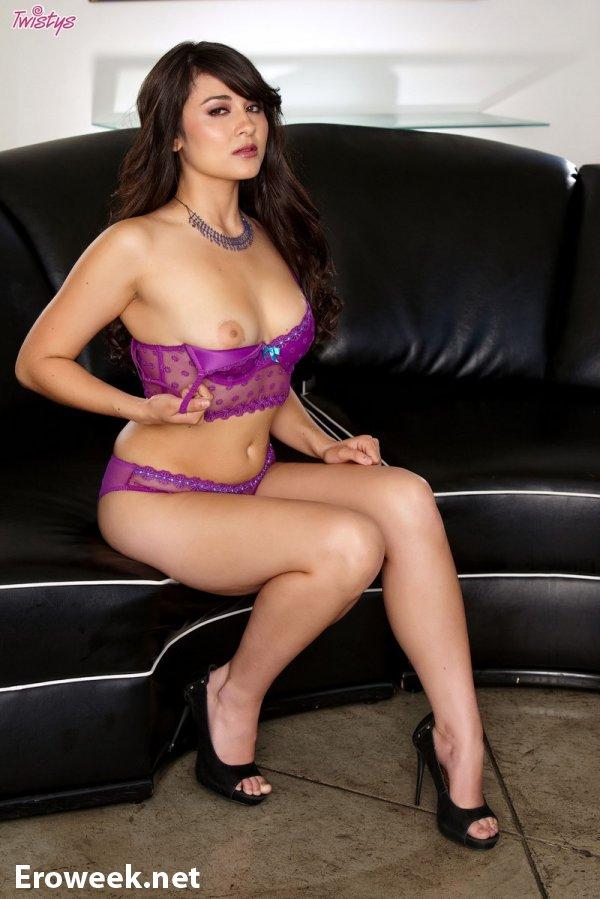 Потрясающая внешность симпатичной модели Sofia (14 фото)