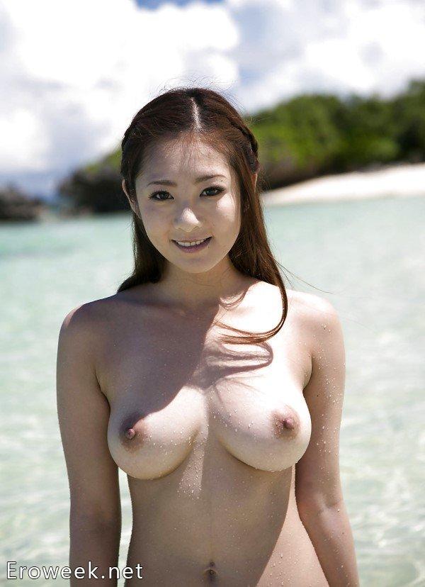 Интим кадры с молодыми азиатками (54 фото)