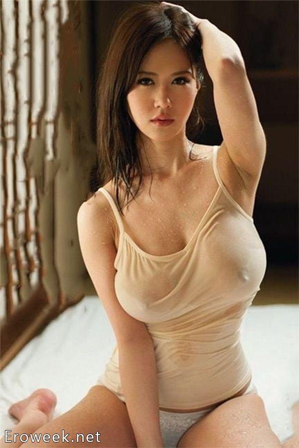 Страстные азиатки (25 фото)