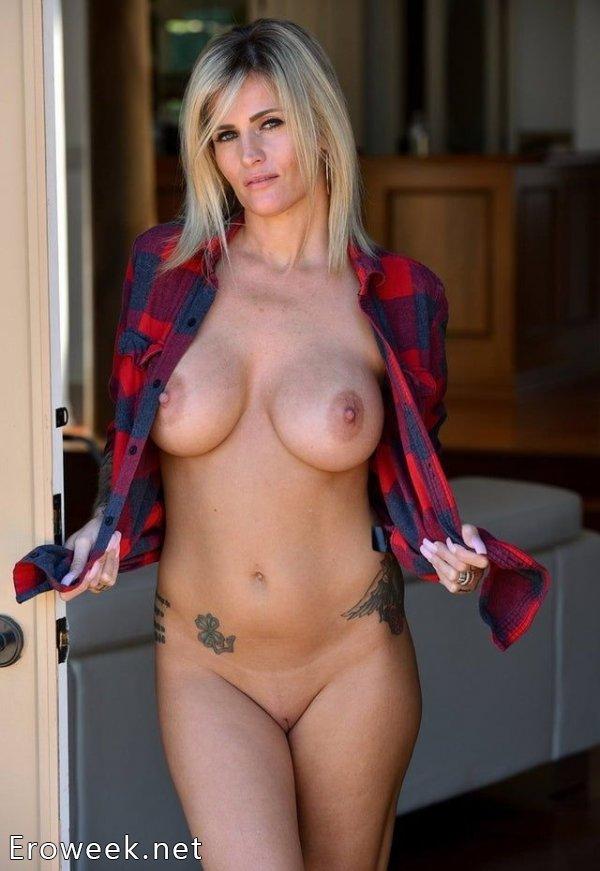 Фигуристые блондинки (40 фото)